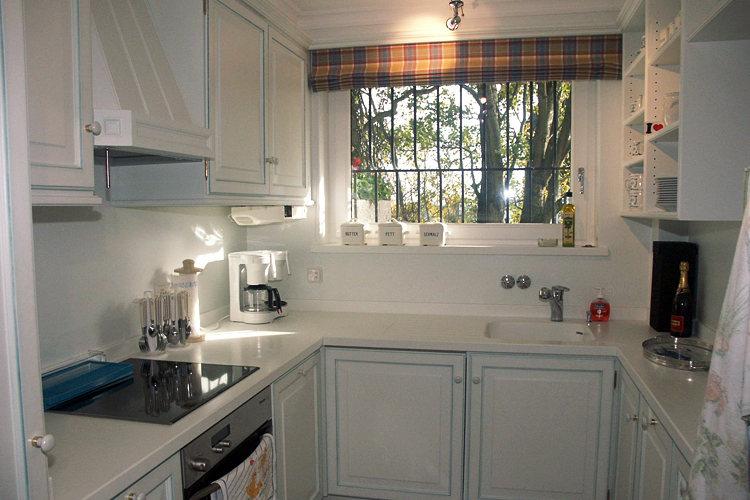 streifentapete rustikal inspiration design raum und m bel f r ihre wohnkultur. Black Bedroom Furniture Sets. Home Design Ideas